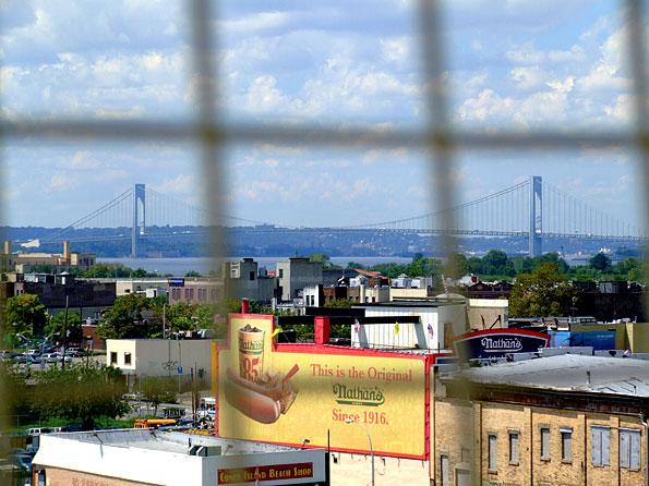 Uitzicht vanuit het wonder wheel over Coney Island