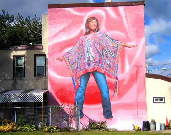 Een mural van Patti Labelle