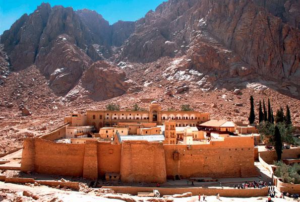 Het Catharinaklooster in de Egyptische Sinaï woestijn