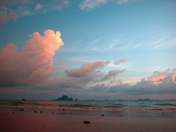 De kust van Thailand
