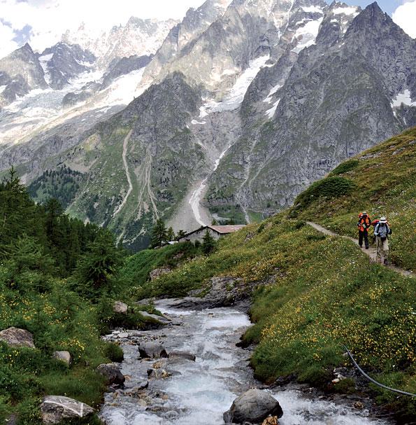 Wandelend door de natuur van Valle d'Aosta